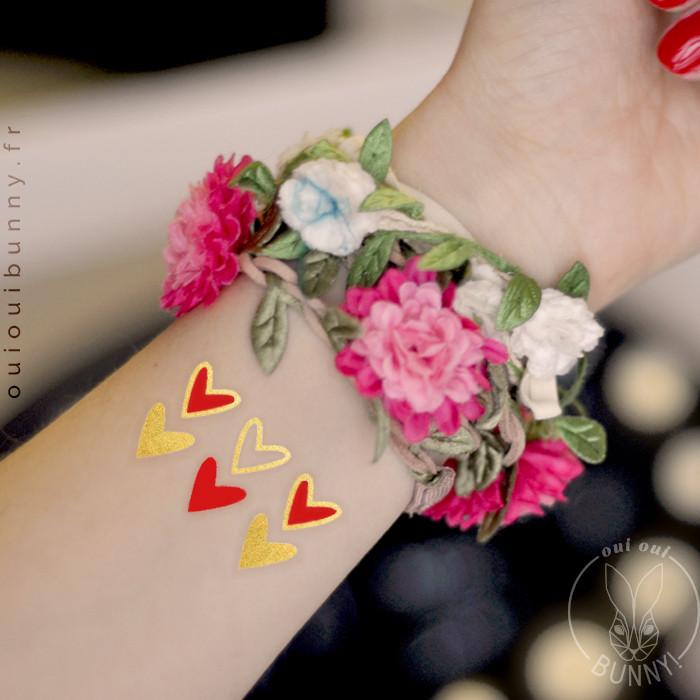 Tatouages éphémères 6 Cœurs Dorés et Rouges sur poiget