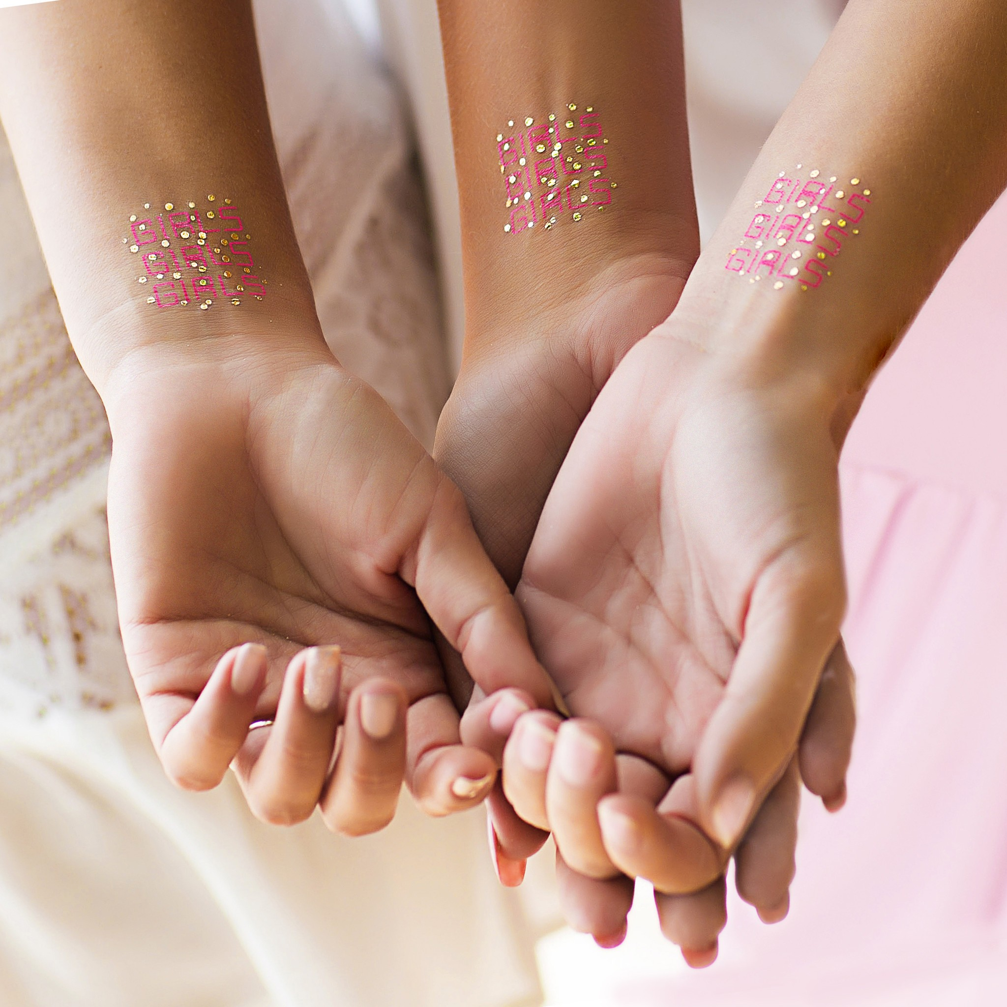 Tatouage éphémère Girls Girls Girls